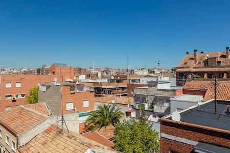 Spacious penthouse with 2 terraces  - Madrid