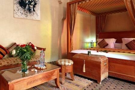 Suite Standard - Bed & Breakfast