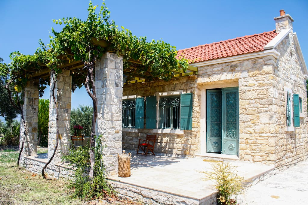 Cozy Country Cottage In Urla Houses For Rent In Urla Urla