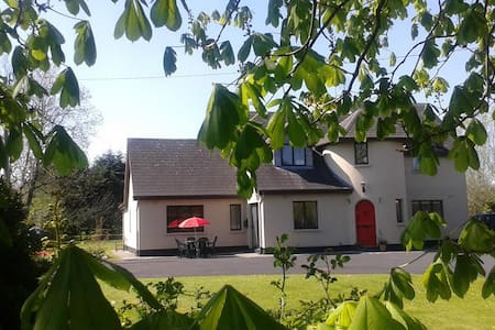Bunratty Turret Lodge,Self Catering