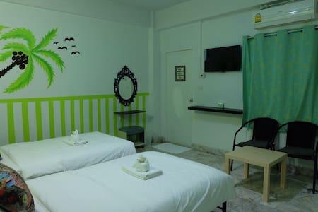 I-Talay Lodge Boutique Hotel - Pak Nam