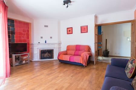 70sqm,cozy&quiet Cascais: fireplace, wifi, parking - Apartament