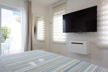 "Palm Beach new studio ""A"" wifi free - Appartamento"
