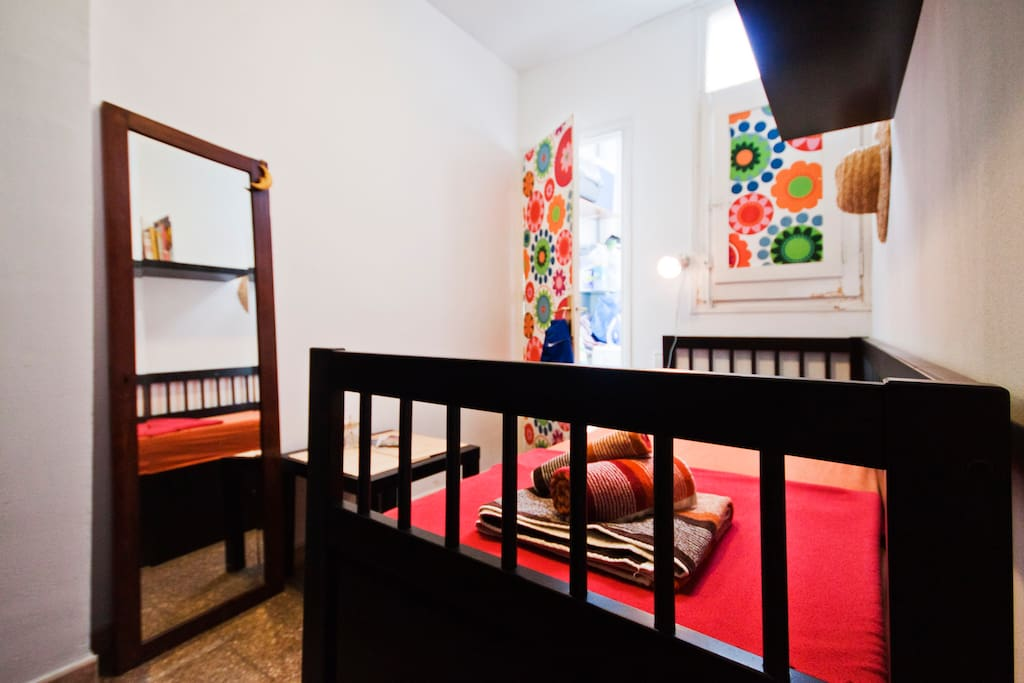 Room in a Penthouse near La Rambla