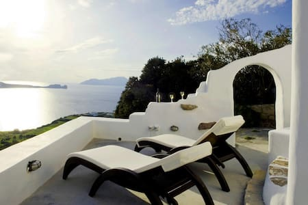 Apartment with sunset view in Plaka - Plaka - House