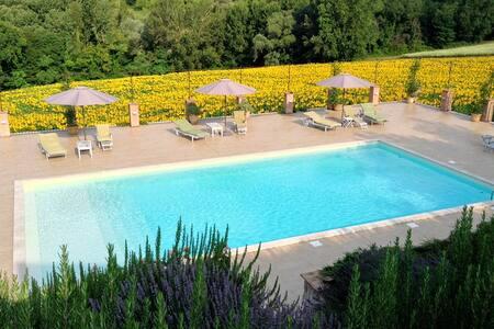 Romantic hideaway in Umbria