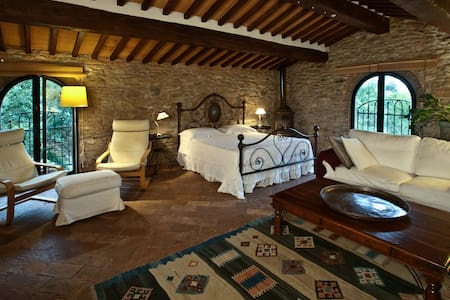 SUITE PIETRAIA - Bed & Breakfast