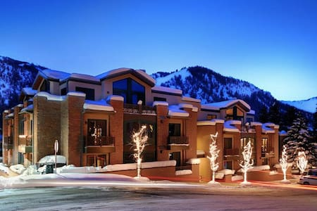 Chic Mountain Condo - Ketchum - Condominium