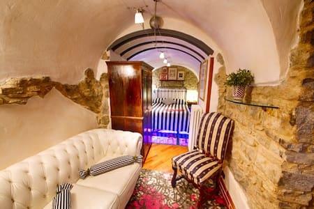 Appartamento nel Borgo Medievale - Appartamento