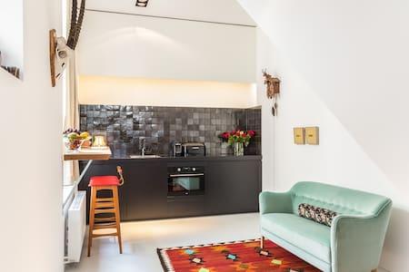 Unieke bedstee suite van 50 m2. - Wohnung