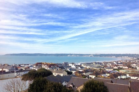 Panoramic Sea Views - St Helier - House