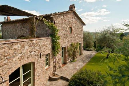 6 bd, quiet, views, beaches - San Martino In Freddana-monsagr