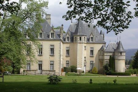 Le top 20 des ch teaux louer clermont ferrand airbnb - Chambre d hote pres de clermont ferrand ...