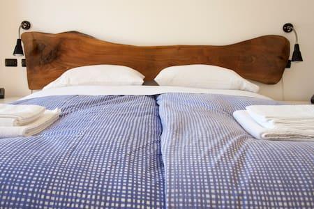 "Room ""3"" Castel Gandolfo/Ciampino - Marino"