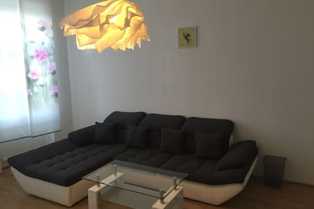 14 MINUTES TO THE CENTER (3+4) - Apartamento