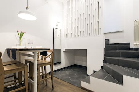 Дизайнерские апартаменты в Коломягах - Sankt Petersburg - Servicelägenhet
