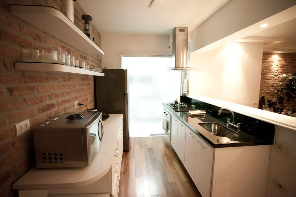 Charming spacious apt in Itaim Bibi