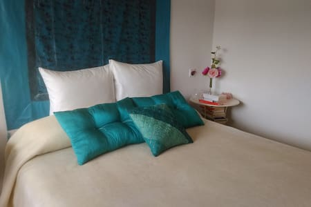 Preciosa hab. doble 20 km. Pta Sol - Bed & Breakfast