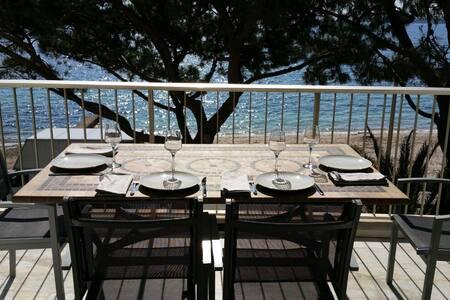Palm beach, 3 pièces 70 m² face mer - Cannes - Appartement