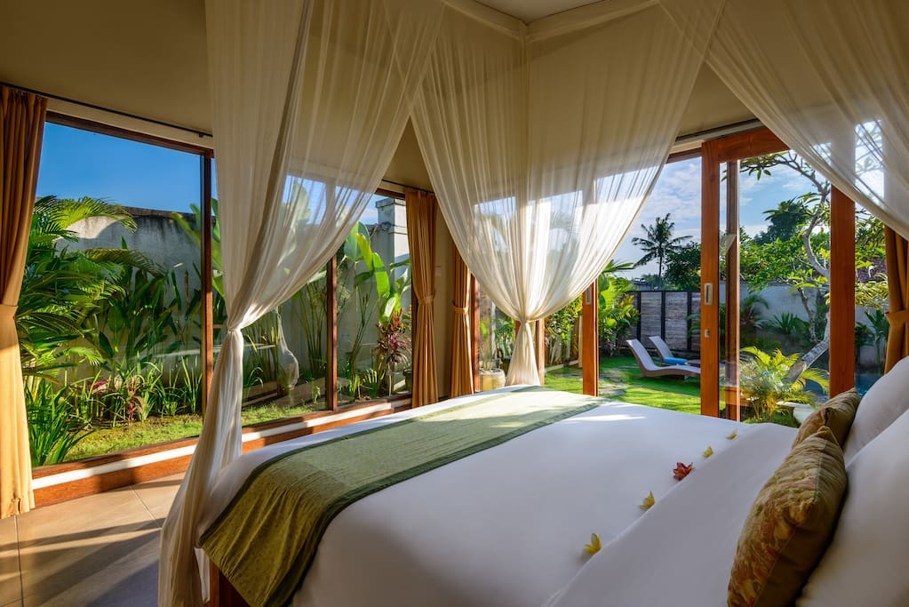 King size bedrooms