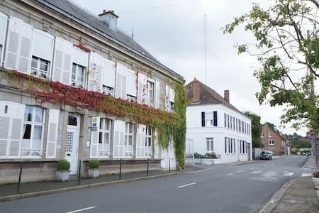 Maison de caractère , chaleureuse, reposante - Fauquembergues - Bed & Breakfast