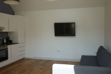 Self contained Annexe in lovely Sunny Suffolk - Apartment