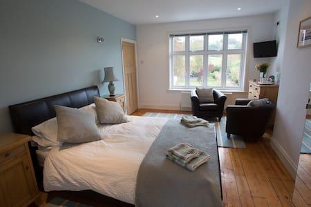 Front Room (Double ensuite) - Builth Wells - Bed & Breakfast