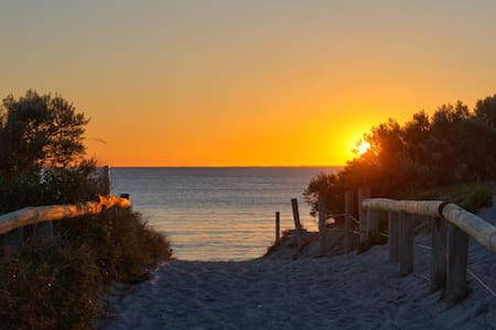 * South Fremantle Sunsets * - Beaconsfield
