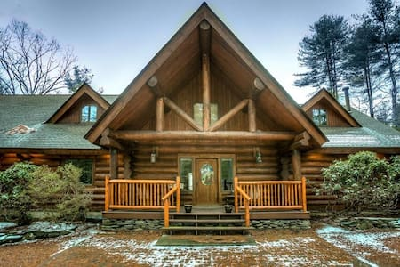 Beautiful Luxury Log Cabin - Chatka