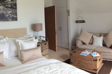 B&B Luxury Double with opt sofa bed - Isle of Wight