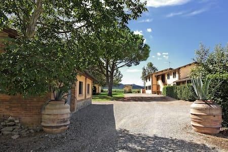 Villa inTuscany near the coast - grosseto