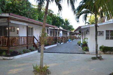 isla hayahay beach resort - Calape - Casa de camp
