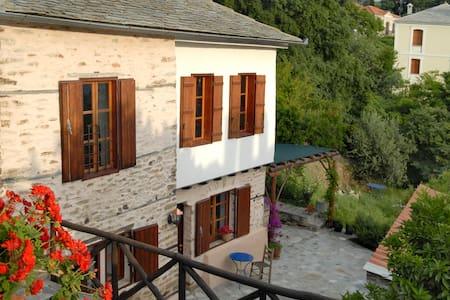Natursteinhaus mit Meerblick - Casa