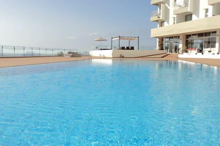 Apartamento com vista mar - Funchal - Apartemen
