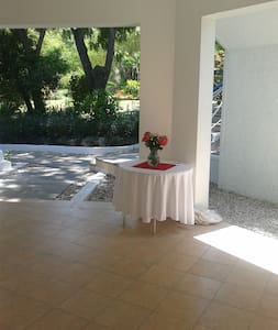 Kaliko Beach Club-Garden View Room - Arcahaie - Bed & Breakfast