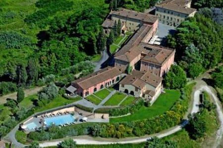 Borgo di Colleoli - Apt Trilocale - Apartemen