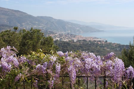 Charming B&B on the French Riviera! - Roquebrune-Cap-Martin