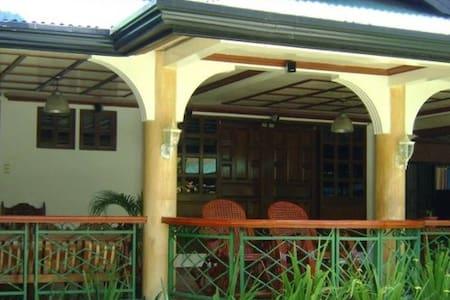 La Pureza Resort, Arayat Vacation Resort - Appartement