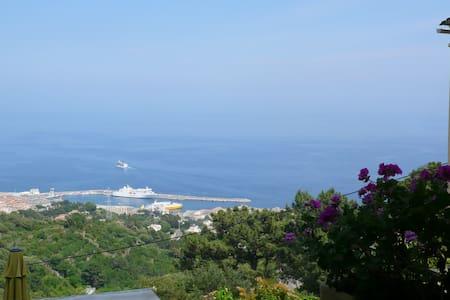 Chambre avec magnifique vue mer - Bastia