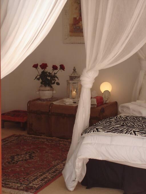 Guest /Bedroom