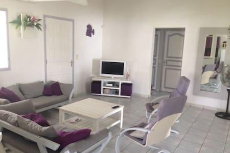 VILLA 140 M² AVEC PISCINE - Villa