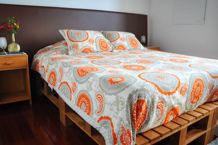 quinta minuvida: Dragon Tree Suite - Ponta Delgada - Bed & Breakfast