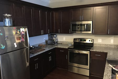 Luxury Apartment in North KC! - Appartement