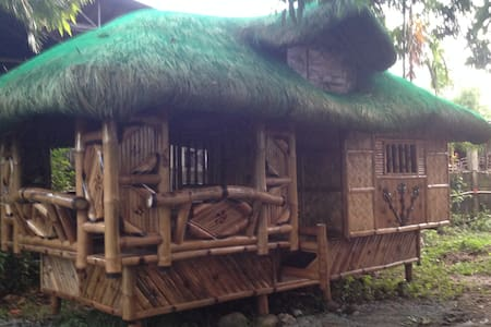 Near Manila, Bamboo house for rent - Hut