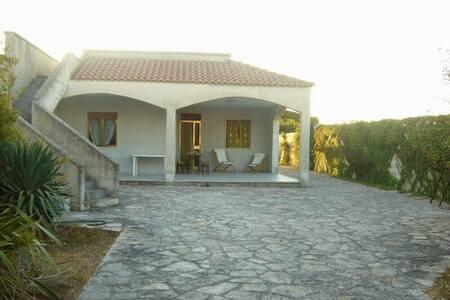 Villa tra mare e cielo... - Villa