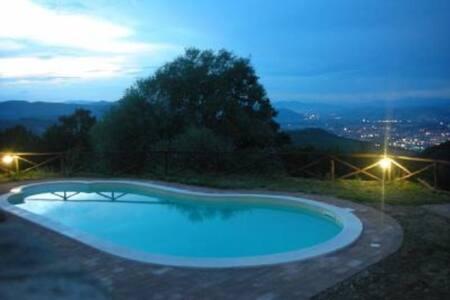Casa con piscina privata