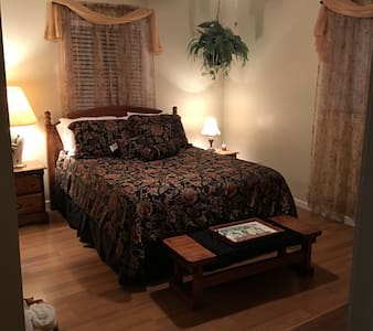 Room by CCU & Myrtle Beach - Myrtle Beach - Casa