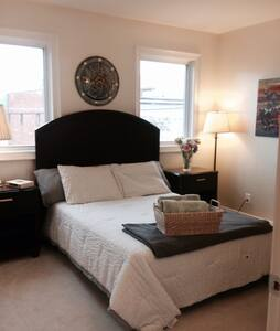 Highlands/Bardstown Rd-private rm 2