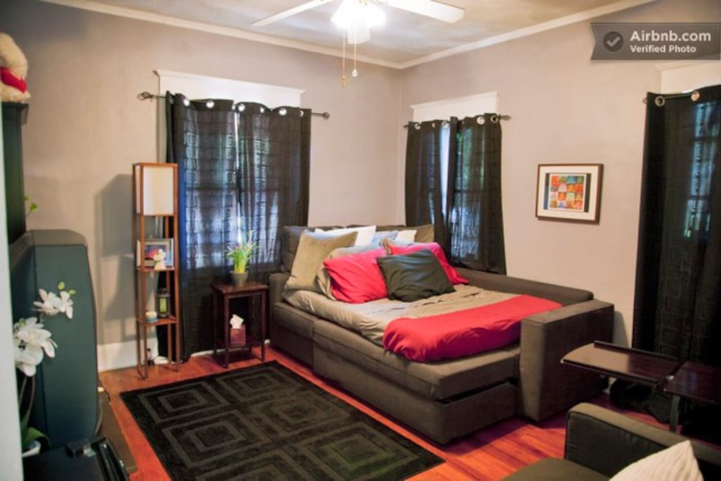 Central Tampa 3BR Historic Home