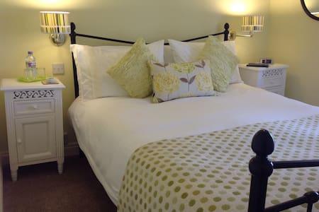 The Spinney B & B North Devon Rm 4 - Bed & Breakfast